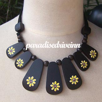 Bali Sono wood necklace