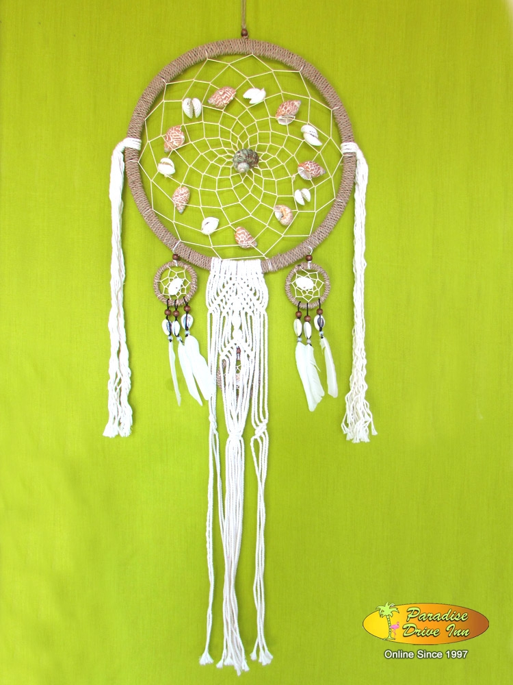 Bali Dreamcatcher, kobel with shell, beads & crochet