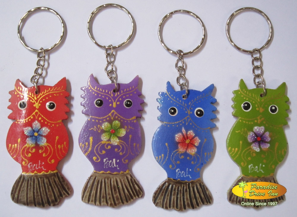 Bali Set of 100 wooden keyrings, owl
