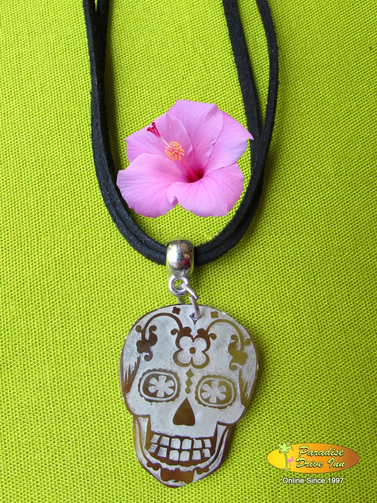 Bali Shell carved necklace, skull