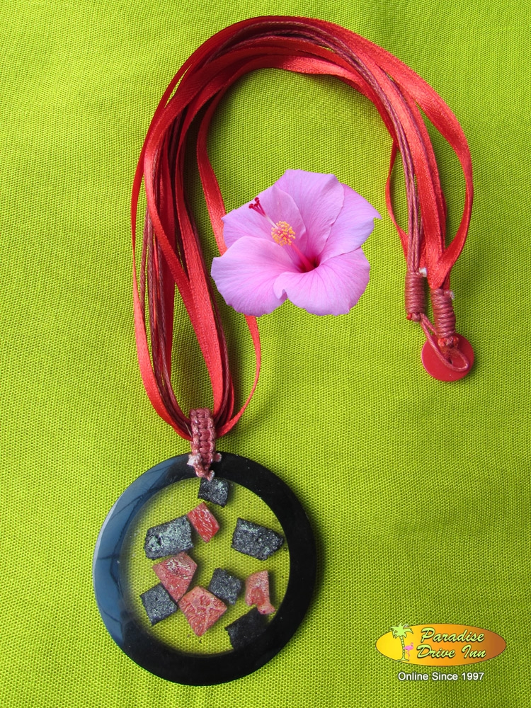 Bali Shell inlaid necklace
