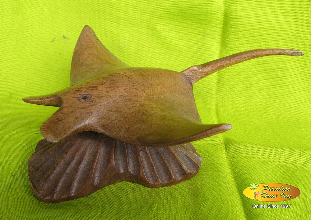 Bali Wood carving, stingray